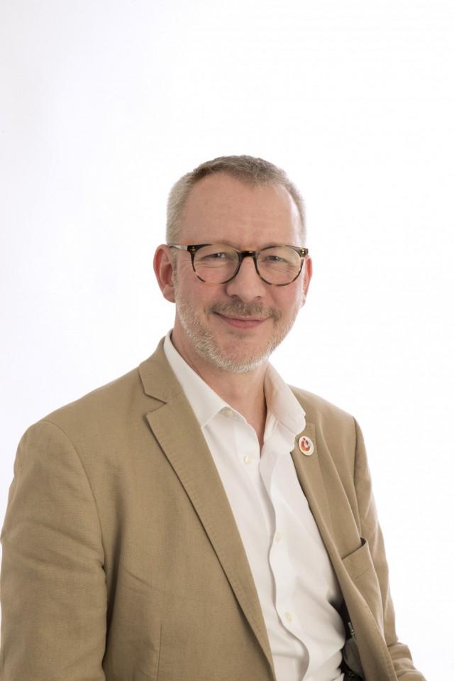Simon Tolhurst